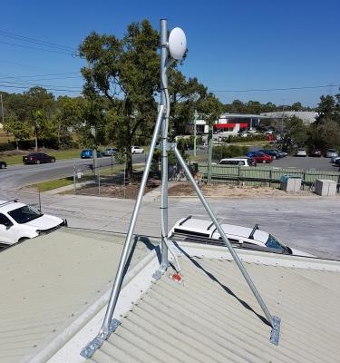 NanoBeam on GC48 Heavy Duty Roof Mast