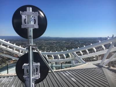 Dual AF5X on High Rise Building Roof Mast
