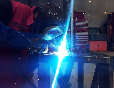 MIG welding non-penetrating tower frame